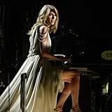 Taylor Swift Makes Piano Headbanging a Thing at the Grammys