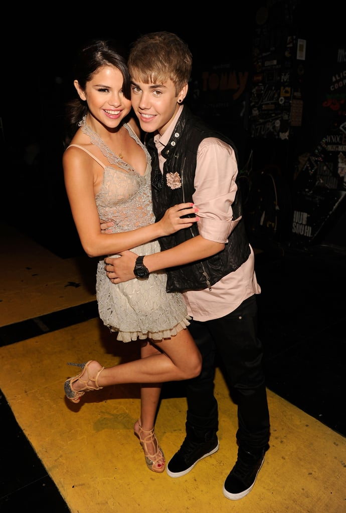 Selena Gomez got close with Justin Bieber backstage at the August 2011 Teen Choice Awards.