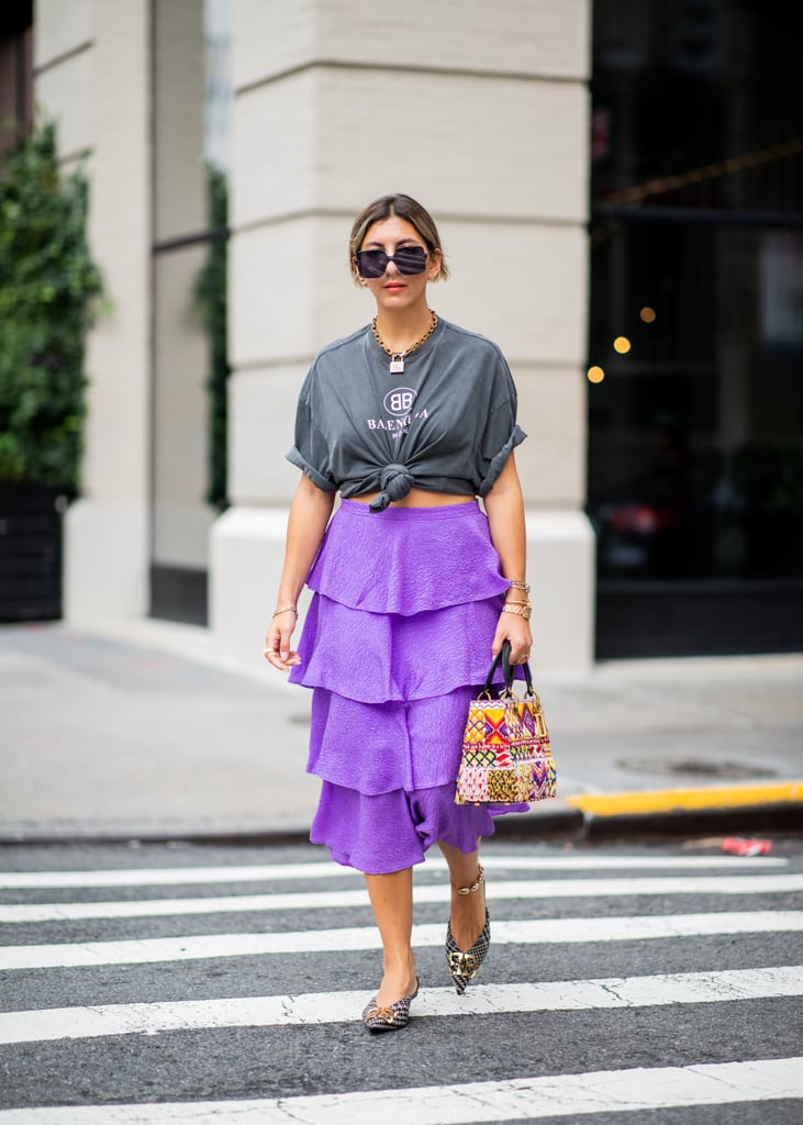 Tie a T-Shirt in the Front and Wear It With a Ruffled Skirt