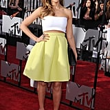 Jessica Alba Lights Up the MTV Movie Awards