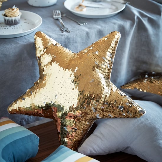H&M Home Holiday Decorations 2019