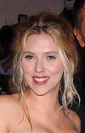 Scarlett Johansson @ Costume Institute Gala