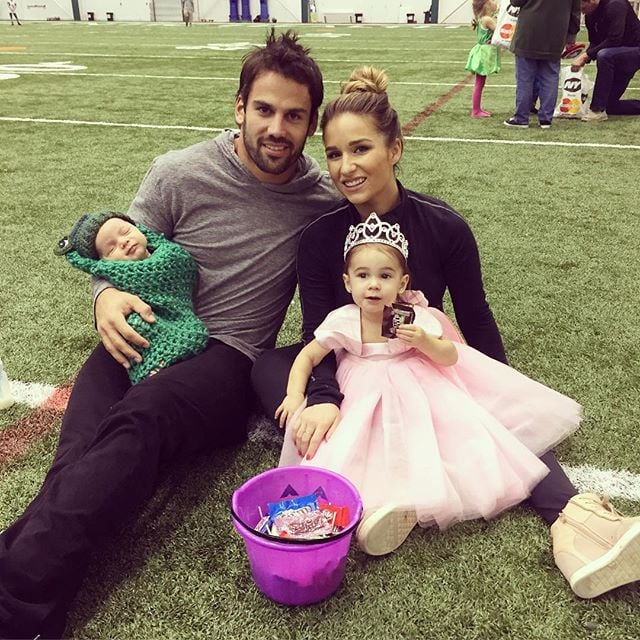 Eric Decker and Jessie James with their children