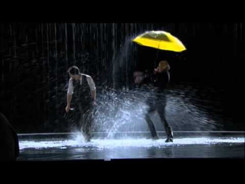"Gwyneth Paltrow Performs ""Umbrella/Singin' in the Rain"" Mash-Up on Glee Episode ""The Substitute"""