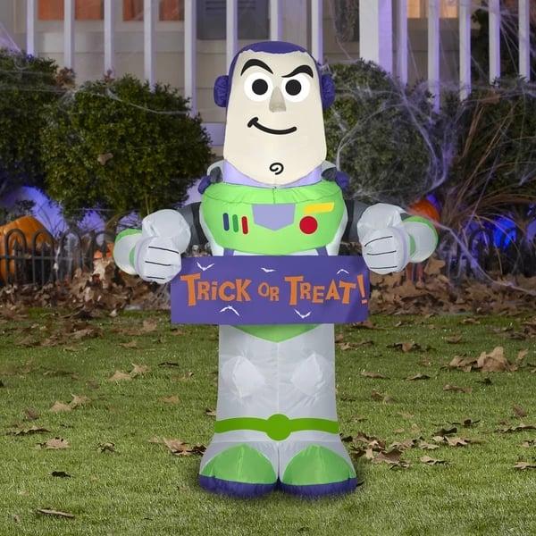 Gemmy Airblown Buzz Lightyear With Banner Disney Halloween Inflatable