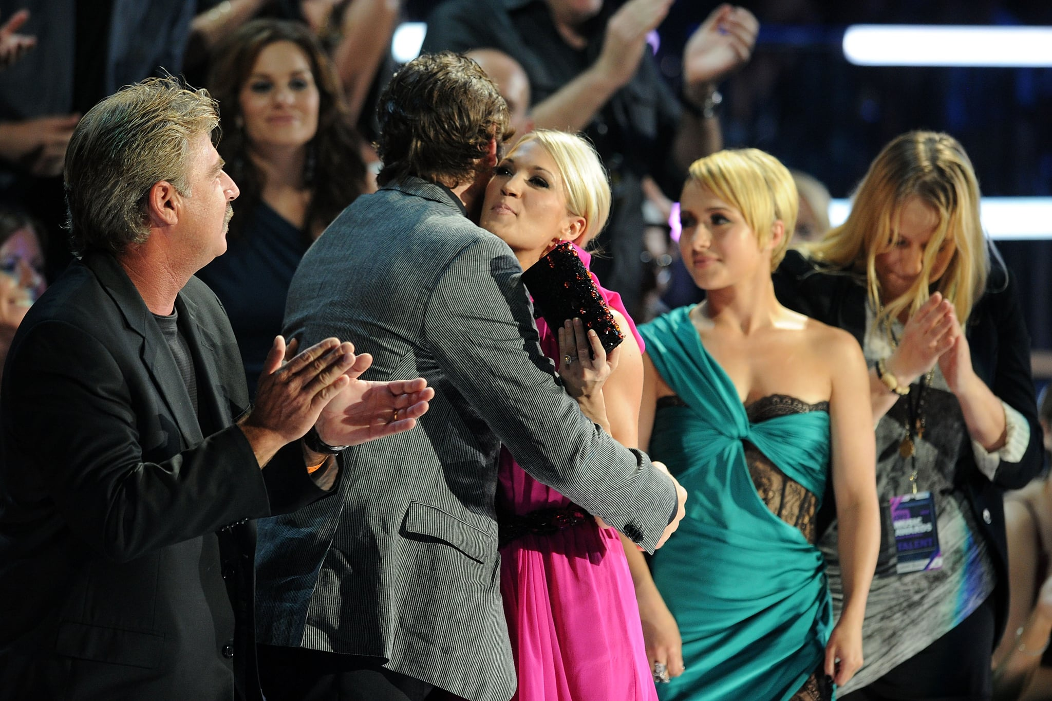 PopsugarCelebrityTaylor SwiftPictures of Taylor Swift, Carrie Underwood, Nicole Kidman, John Mayer at 2010 CMT Music Awards 2010-06-10 06:00:00Taylor, Carrie, Sheryl, and Hayden Meet John Mayer's Ab Situation at the CMT Awards! June 10, 2010 by Celebrity1 SharesBlond hair ruled on the red carpet at last night's CMT Music Awards in Nashville. Taylor Swift mixed things up with a slightly edgier look than we're used to from her, straightening out those trademark curls. Carrie Underwood stood out in pink as both country princesses headed in to see what would come of their three nominations apiece. Brand-new mom of twoSheryl Crow displayed her rocking legs, which had an especially nice glow after her recent bikinis Bahamas vacation with her son Wyatt. Faith Hill was glamorous as ever while Hayden Panettiere showed some skin in her lacy cutout dress.Kid Rock played host for the award show and kept things light with a Kanye West joke to kick things off. Keith Urban, Miranda Lambert, and Carrie Underwood were the big - 웹