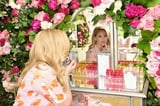 If You See Reese Witherspoon With a Smoky Eye, Her Daughter, Ava, Was Probably the MUA