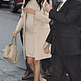 ‎Meghan Markle Carrying a Stella McCartney ‎Falabella Reversible Tote Bag ‎in Beige