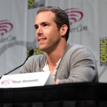 Pictures of Ryan Reynolds and Blake Lively at WonderCon