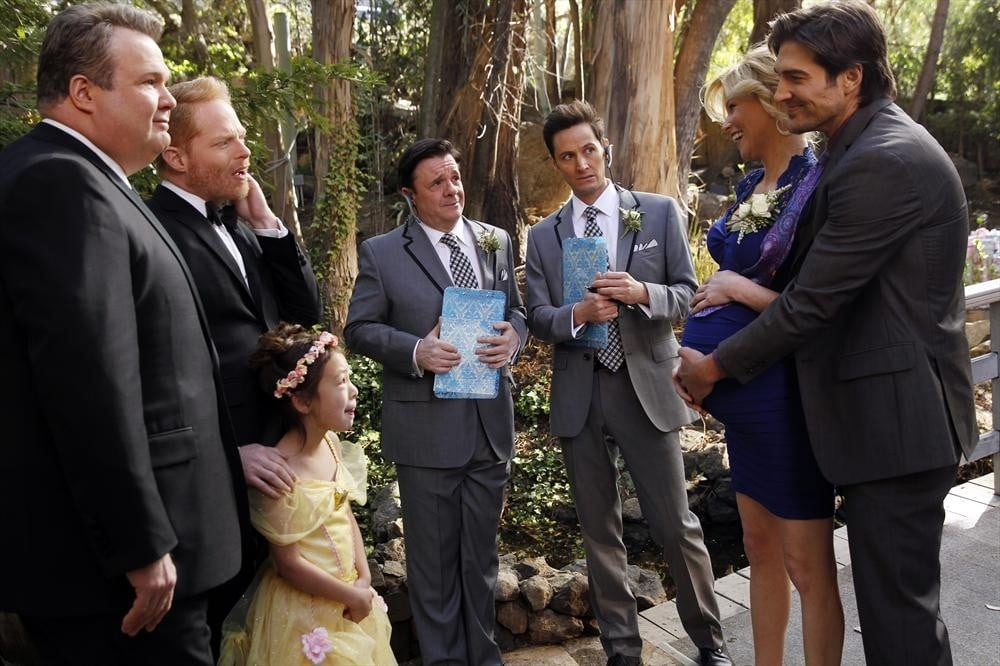 Elizabeth Banks and Michael Rupnow guest-star on Modern Family.