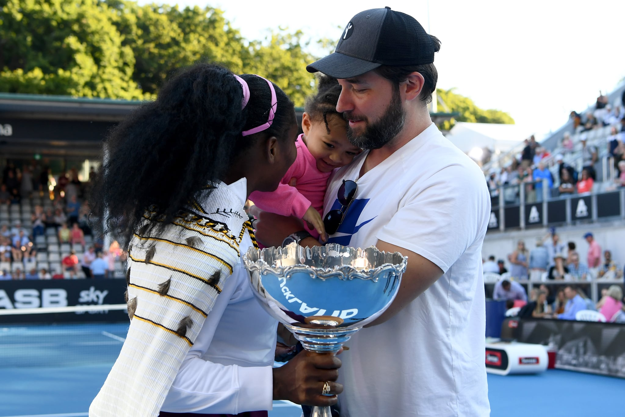 AUCKLAND, NEW ZEALAND - JANUARY 12: Alexis Olympia, daughter of Serena Williams and husband Alexis Ohanian congratulate Serena Williams after she won her final match against Jessica Pegula of USA at ASB Tennis Centre on January 12, 2020 in Auckland, New Zealand. (Photo by Hannah Peters/Getty Images)