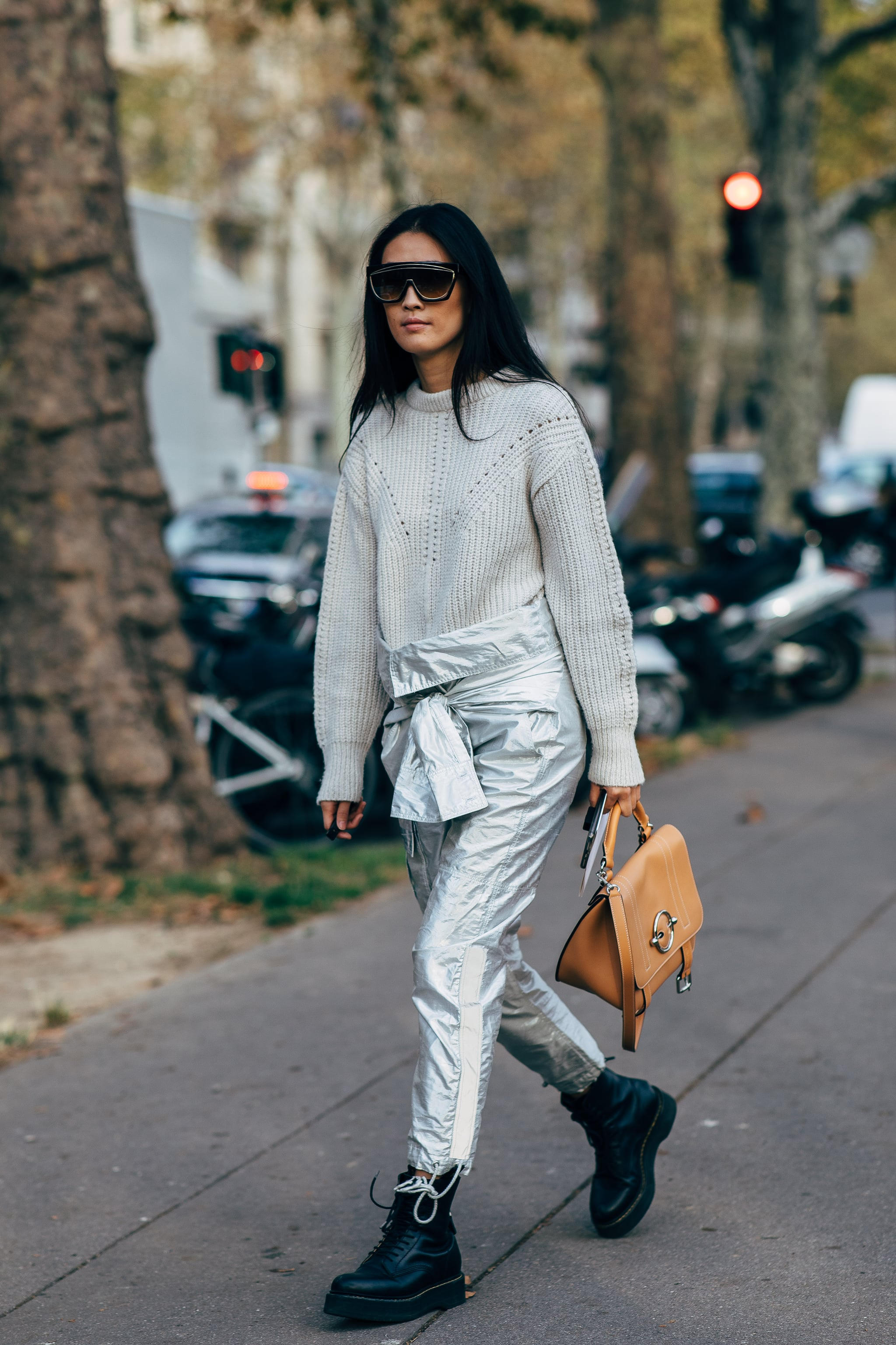 zeitloses Design offizieller Shop heiße neue Produkte Wear shiny metallic pants with a go-to knit jumper and Dr ...