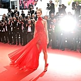 Rosie Huntington-Whiteley Basked in the Glow of the Lights, Showing Off Her Alexandre Vauthier Train