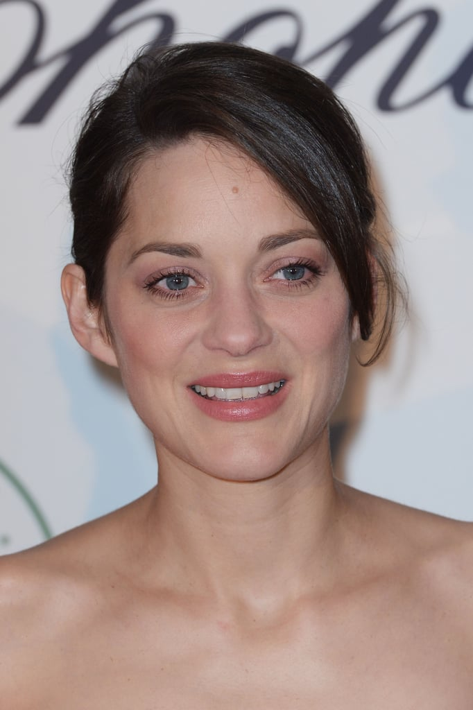 Marion Cotillard went for pretty pinks and a light blush tone.