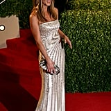 And who could forget this long, curve-hugging number, which Jen rocked pre-Justin to the 2009 Vanity Fair Oscars afterparty? Can you not see this one coming down the aisle?