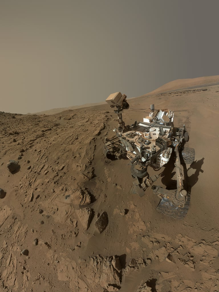 Curiosity Rover Takes the Best Selfies in the Universe