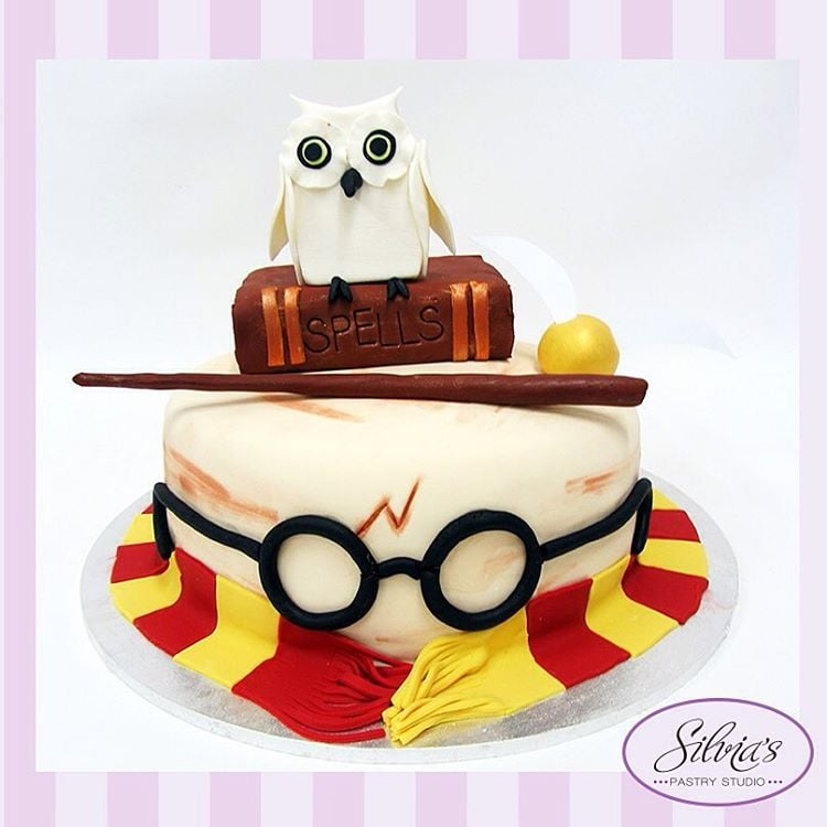 Harry Potter Birthday Cakes For Kids Popsugar Moms