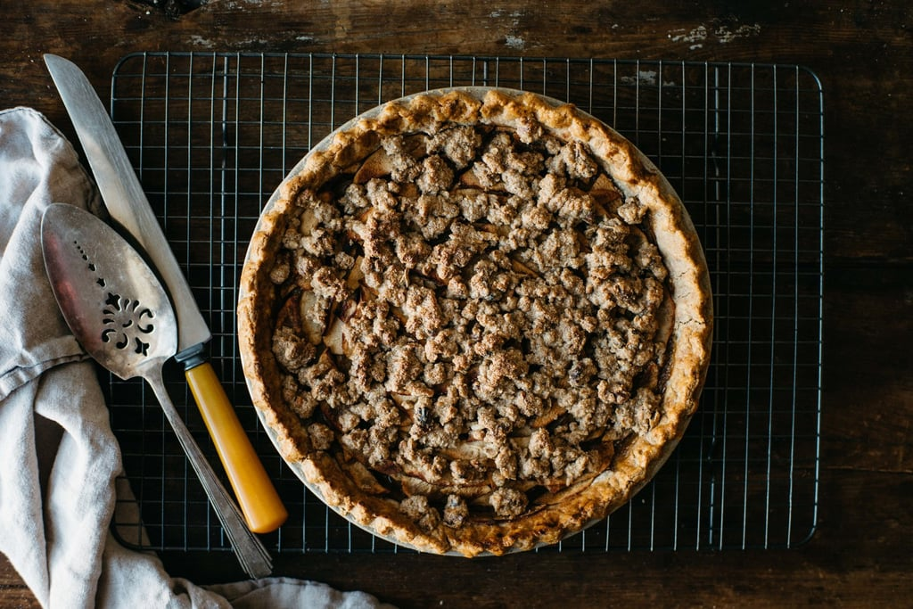 Ginger Apple Crumble Pie
