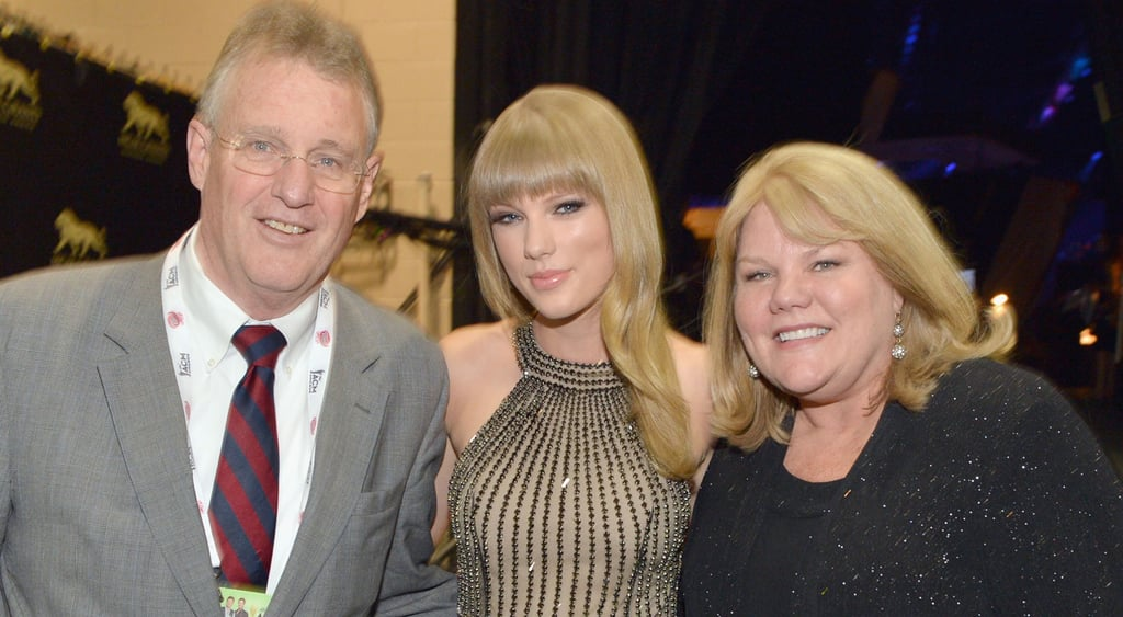 Taylor Swift Posts A Note About Her Mom S Cancer Diagnosis Popsugar Celebrity
