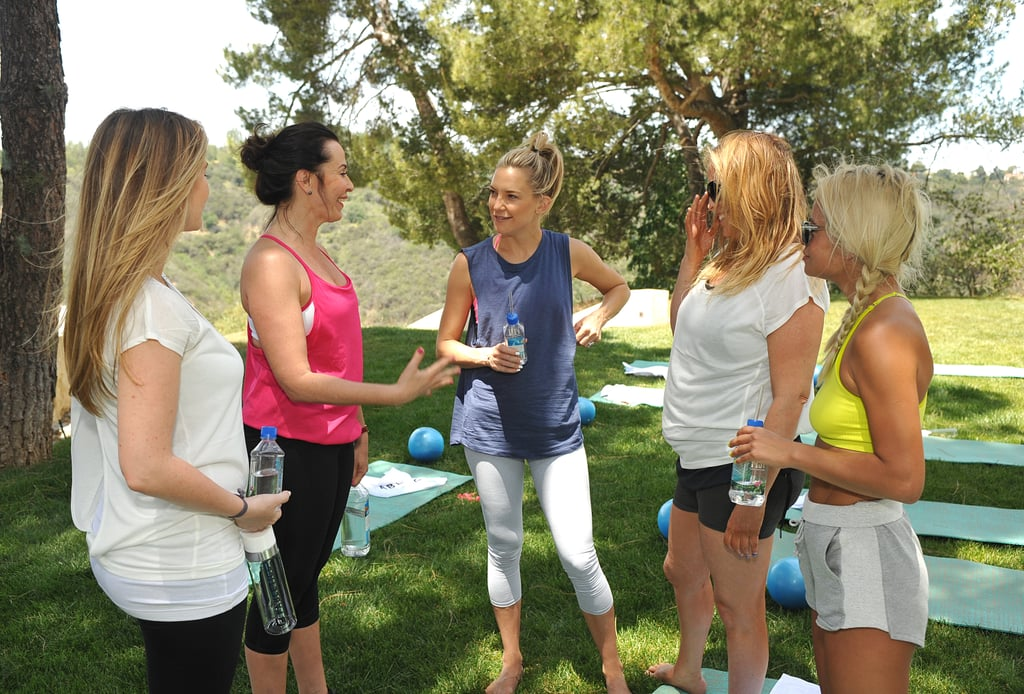Kate Hudson Promotes Her Fabletics Activewear   Pictures