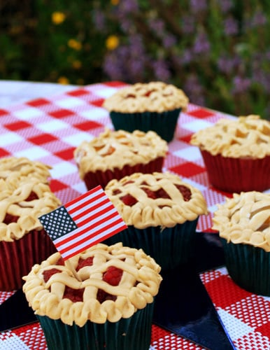 American As Apple Pie Memorial Day Cupcakes And Cake