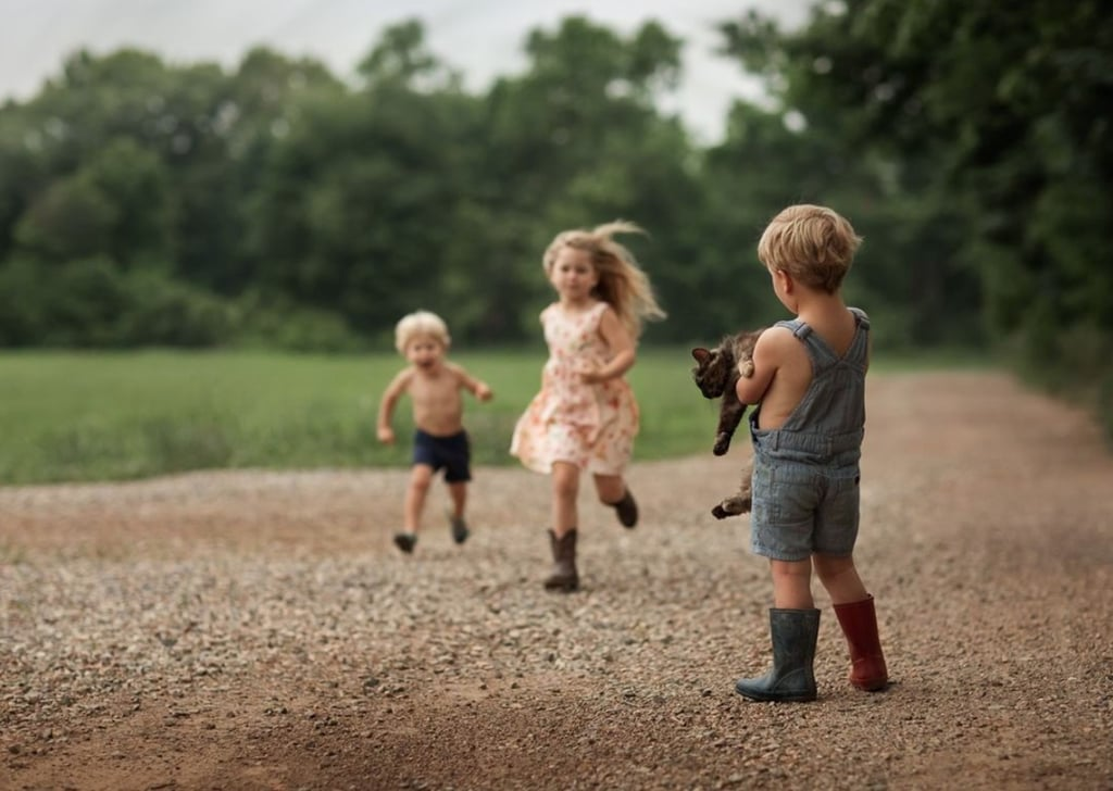 Mom's Photos of Kids on Family's Farm