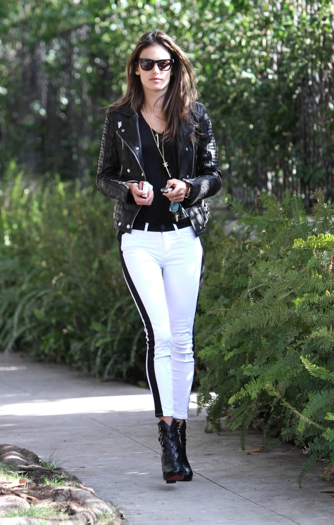 alessandra ambrosio sticks to monochrome the best