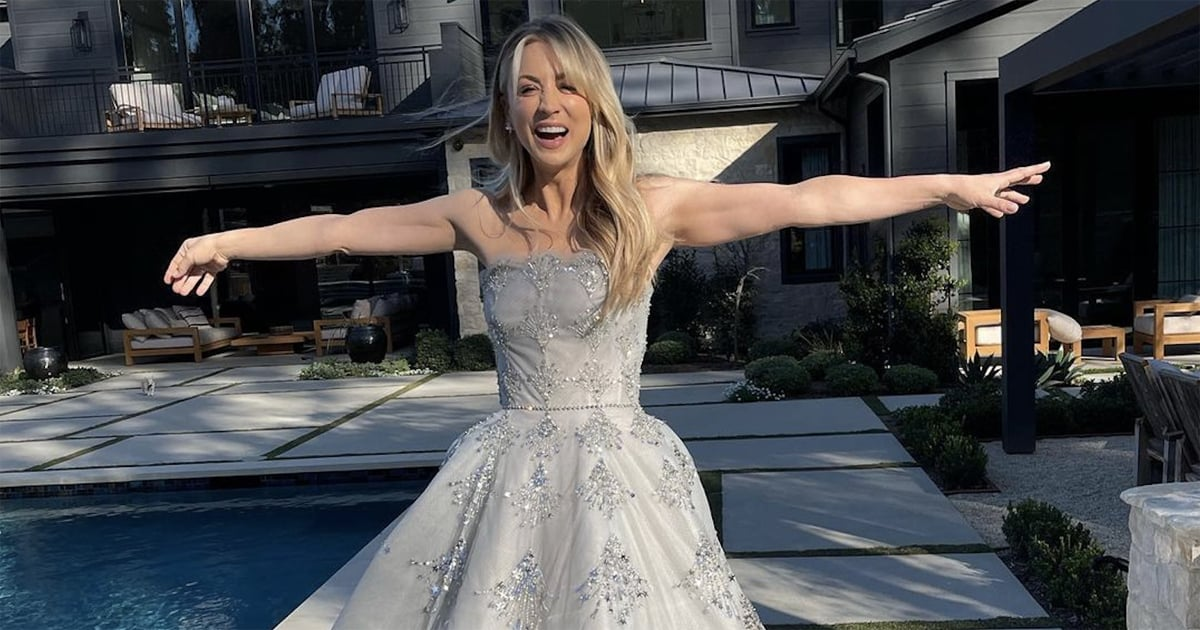 Zoom In on Kaley Cuoco's Oscar de la Renta Gown and You'll See What a Star She Is