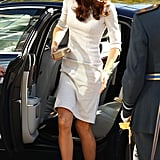 Kate gets out of the car.