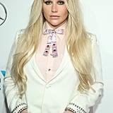 Kesha: 1 Mars