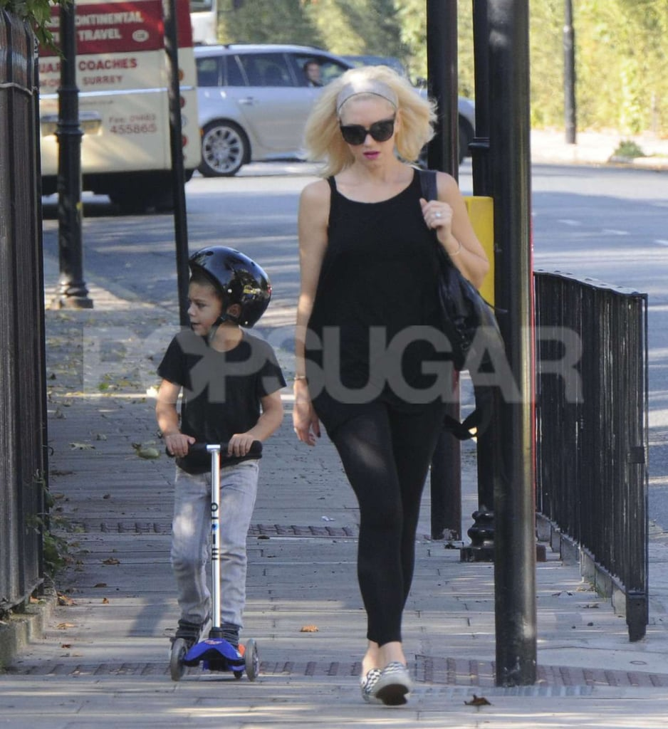 Gwen Stefani and Zuma Rossdale went for a walk.