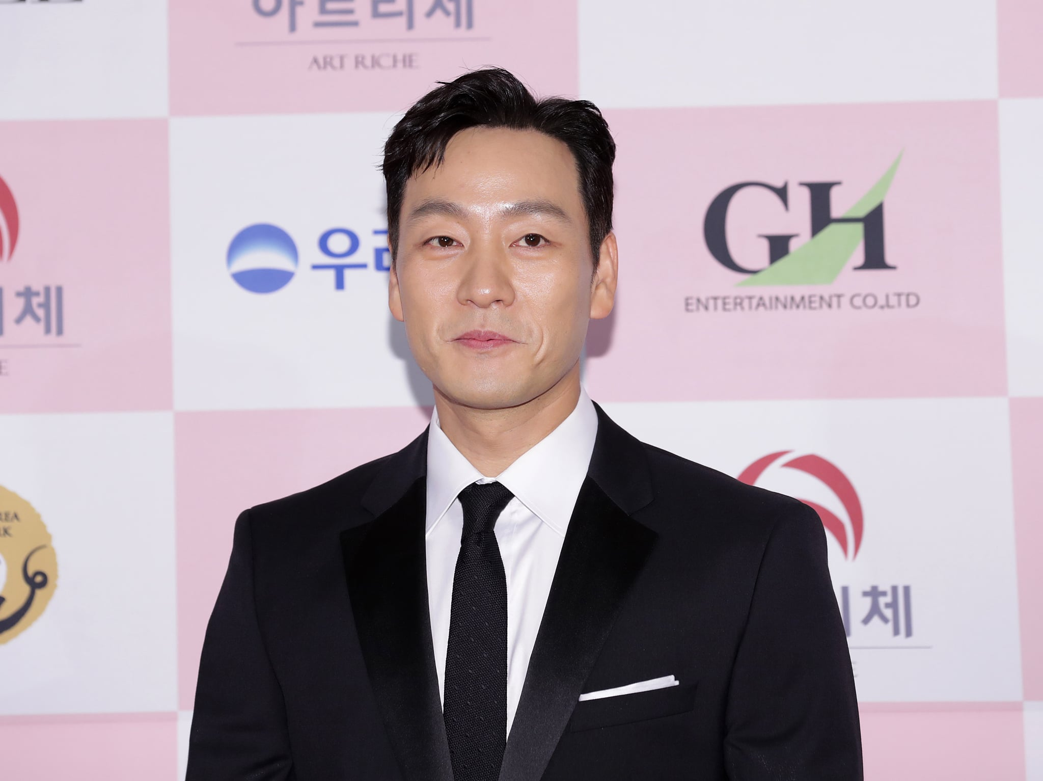 SEOUL, SOUTH KOREA - JUNE 03: South Korean actor Park Hae-Soo attends the 56th Daejong Film Awards at Grand Wallhill hotel on June 03, 2020 in Seoul, South Korea.  (Photo by Myunggu Han/WireImage)