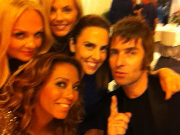 Mel B and the Spice Girls posed for a photo with Oasis frontman Liam Gallagher. Source: Twitter user OfficialMelB