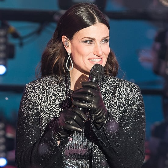 "Idina Menzel Performs ""Let It Go"" on New Year's Eve 