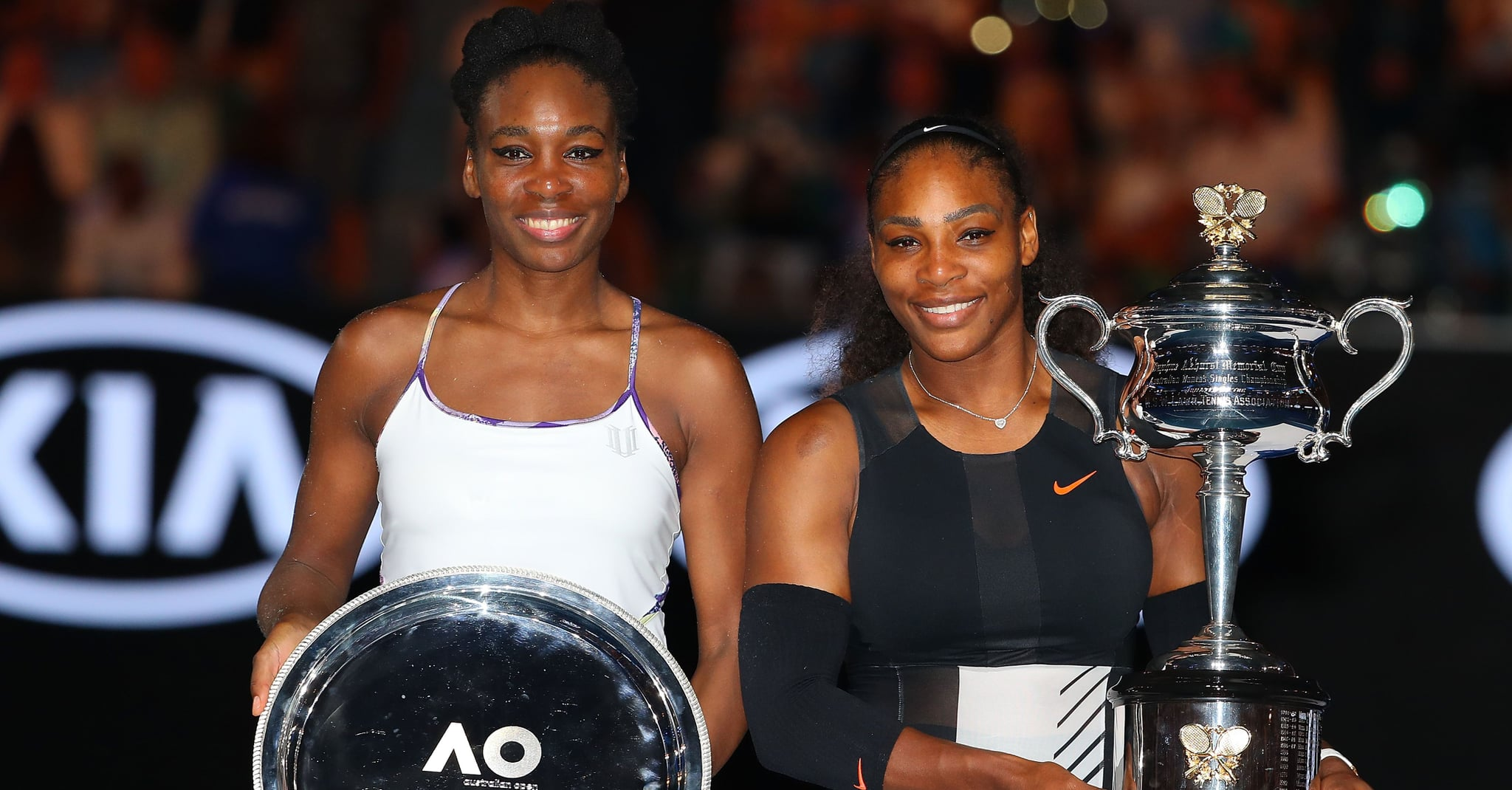 Venus y Serena Williams, en el Open de Australia 2017. (Imagen: Pop Sugar).