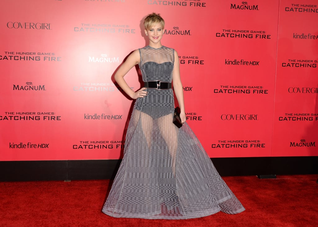Jennifer Lawrence chose a dramatic ensemble.