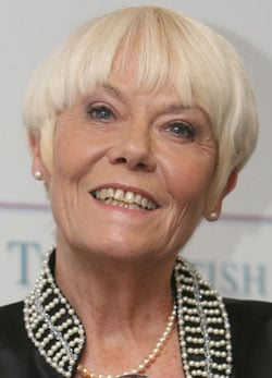 """Sugar Bits — Wendy Richard Is """"Dying Of Cancer"""""""