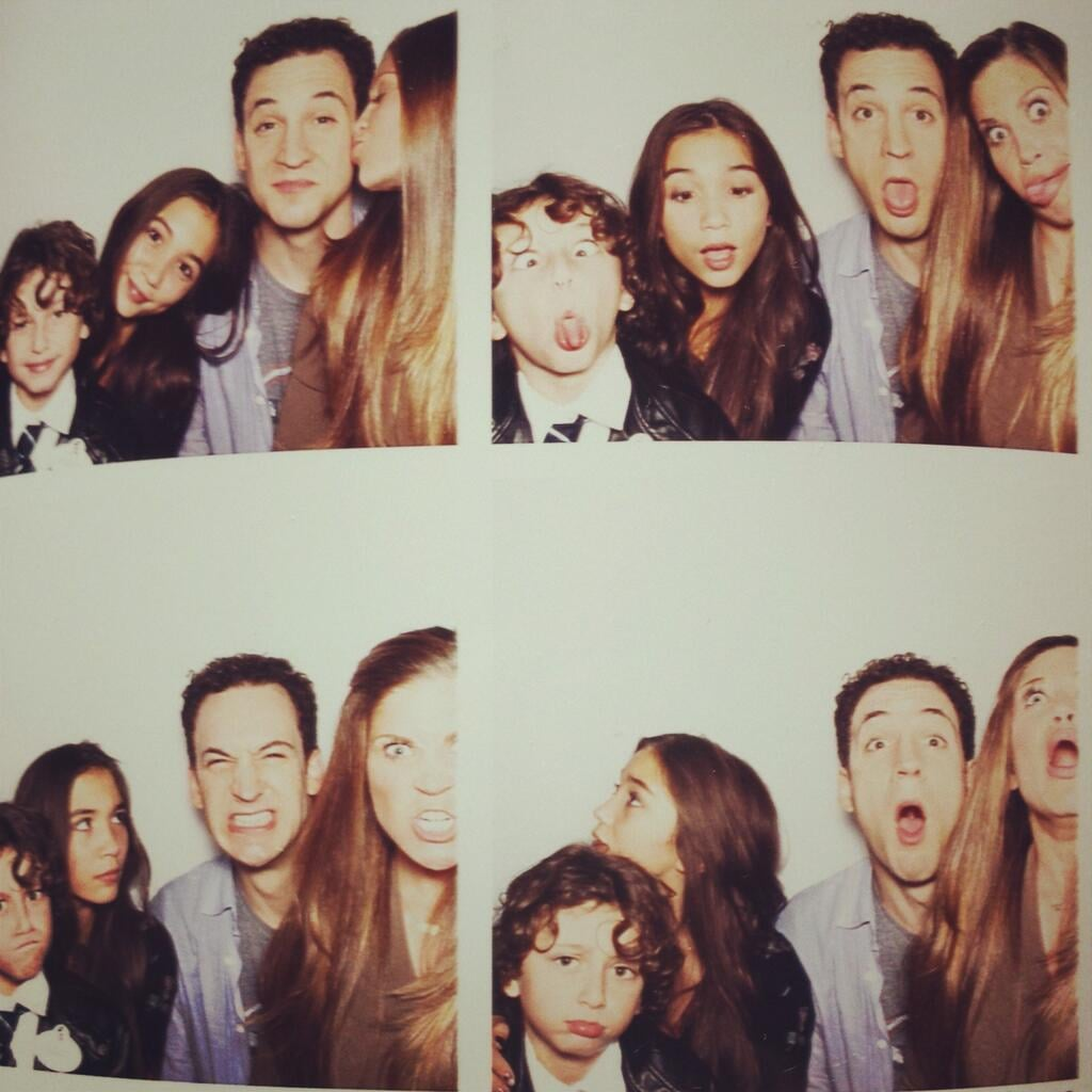 Is this not the most adorable onscreen family you've ever seen? Source: Twitter user rowblanchard