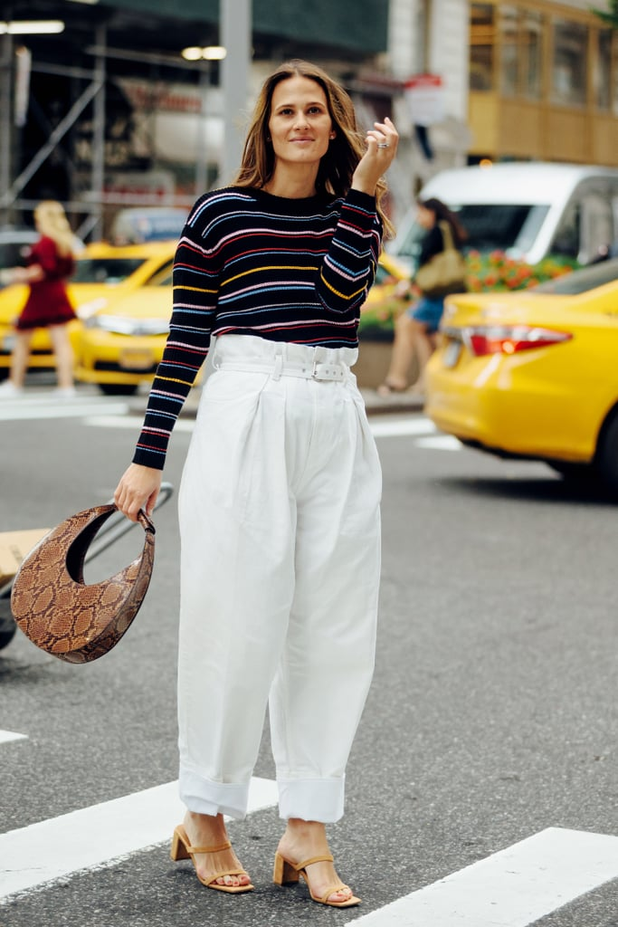 Easy Outfits: A Striped Sweater, White Pants, a Bag, and Heels