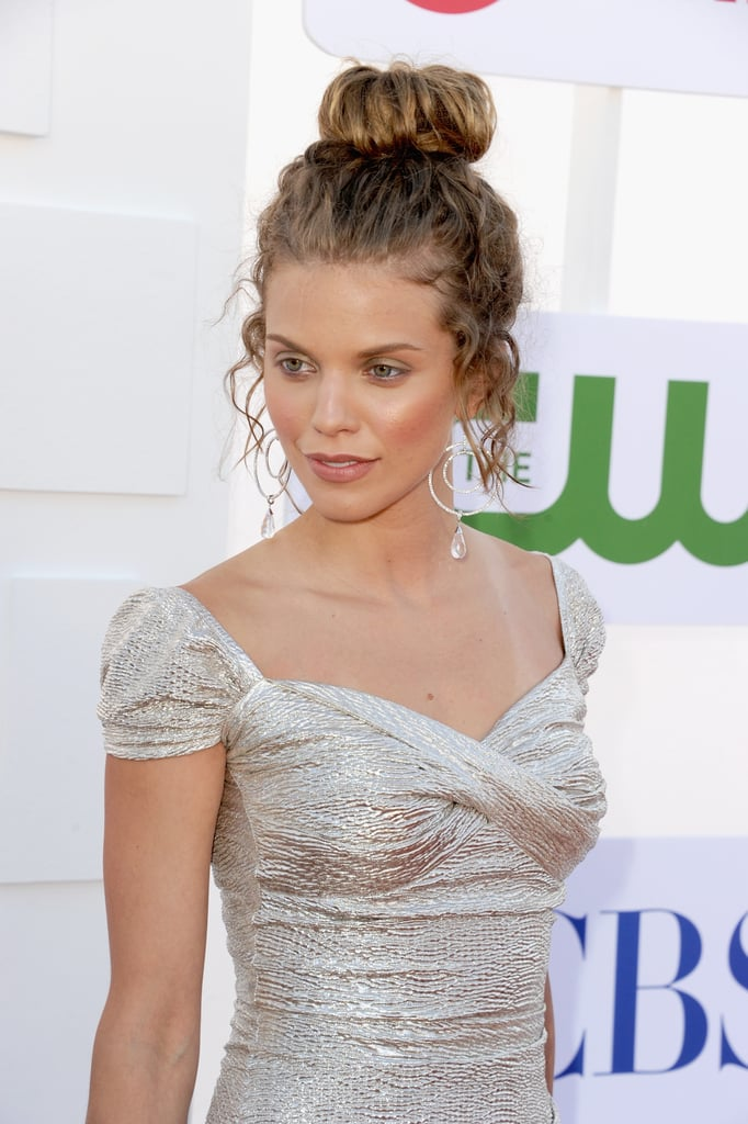 Rachel Bilson, AnnaLynne McCord, and More Celebrate TV With Cocktails
