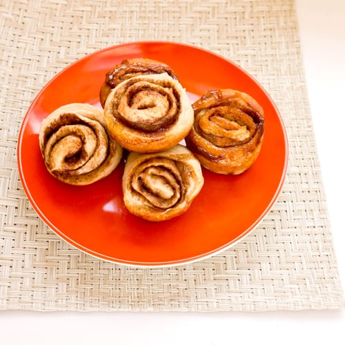 20-Minute Sticky Cinnamon Rolls