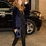 Beyoncé was solo outside her sister's event on Friday. The singer kept her look simple, seemingly going without makeup.