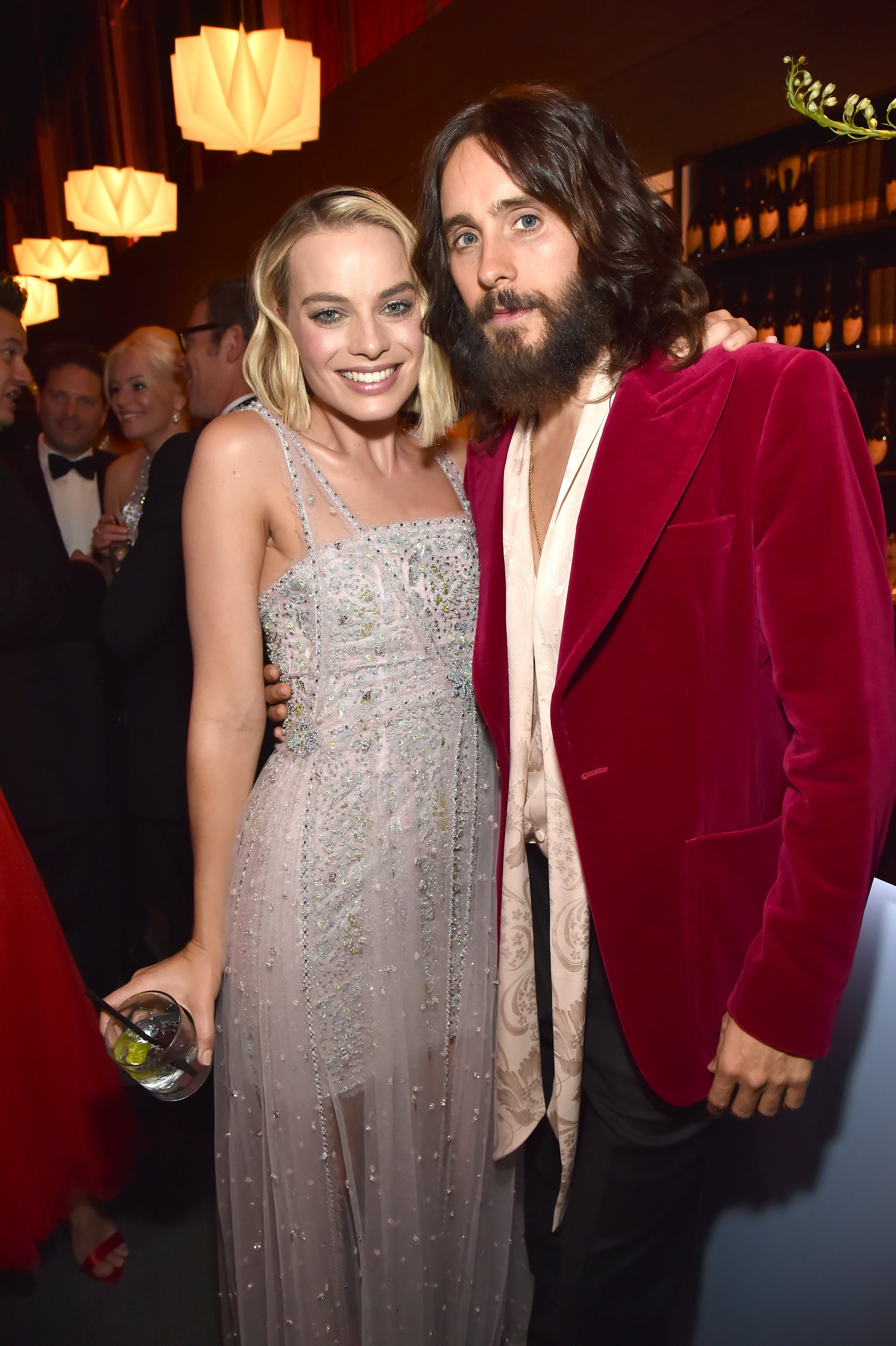 BEVERLY HILLS, CA - MARCH 04:  (EXCLUSIVE ACCESS, SPECIAL RATES APPLY)  Margot Robbie and Jared Leto attend the 2018 Vanity Fair Oscar Party hosted by Radhika Jones at Wallis Annenberg Center for the Performing Arts on March 4, 2018 in Beverly Hills, California.  (Photo by Kevin Mazur/VF18/WireImage)
