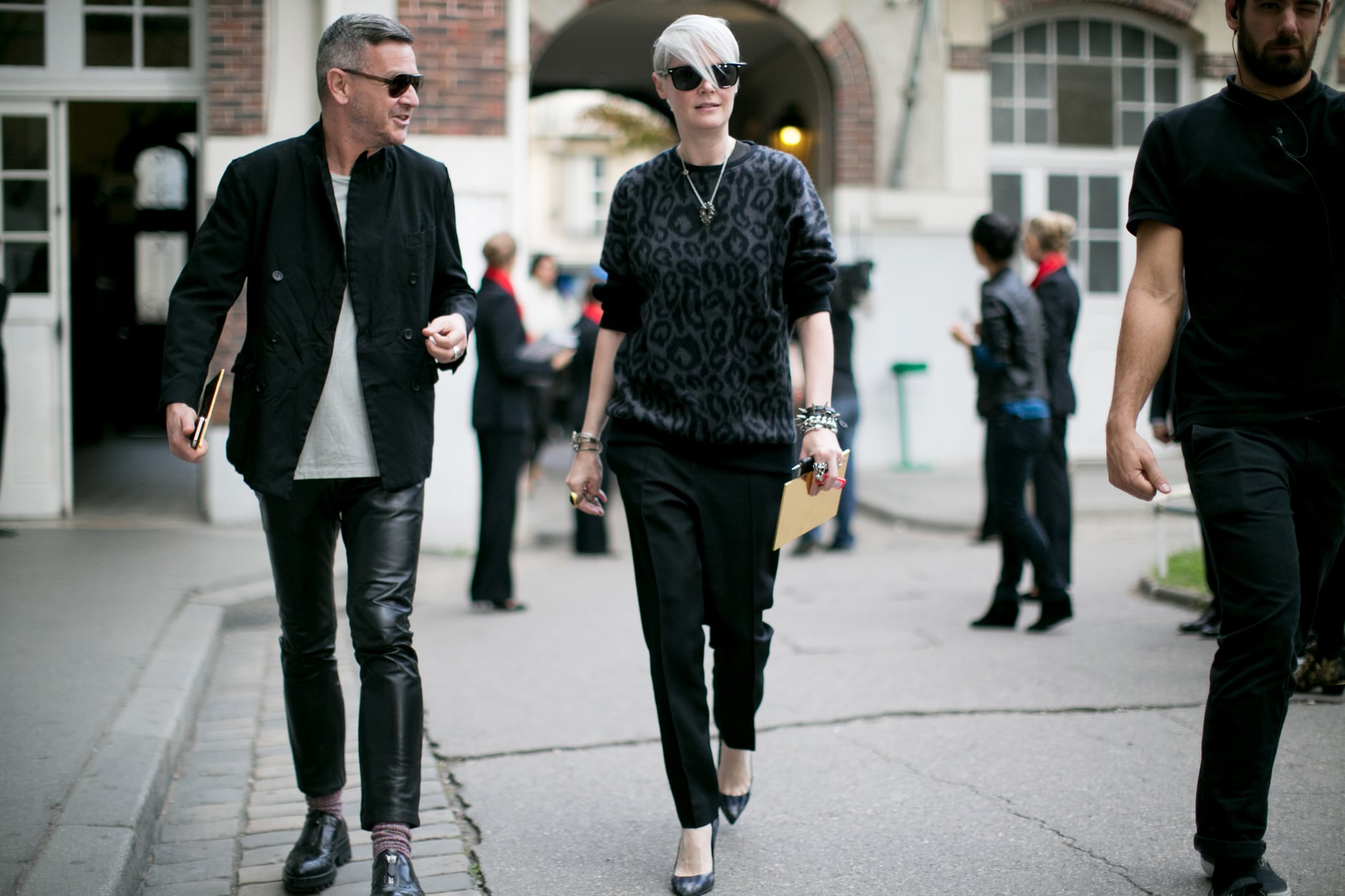 Kate Lanphear Was The Definition Of Cool In An Animal Print Sweater Tr S Chic The Best Street