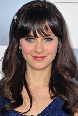 Zooey Deschanel's Hair and Makeup at the 2009 Independent Spirit Awards
