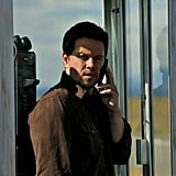 Mark Wahlberg as Marcus Stigman Playing a tough undercover Naval Officer, Mark Wahlberg brings his best rugged, badass look to 2 Guns. He rocks scruffy facial hair and casual clothes for a tough-guy style we love.