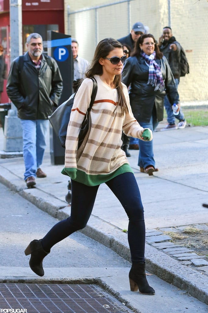 Katie Holmes walked to her Broadway show.