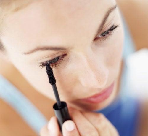 The Best Drugstore Mascaras