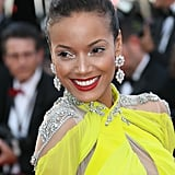 Selita Ebanks wore stunning flower drop earrings by Chopard.