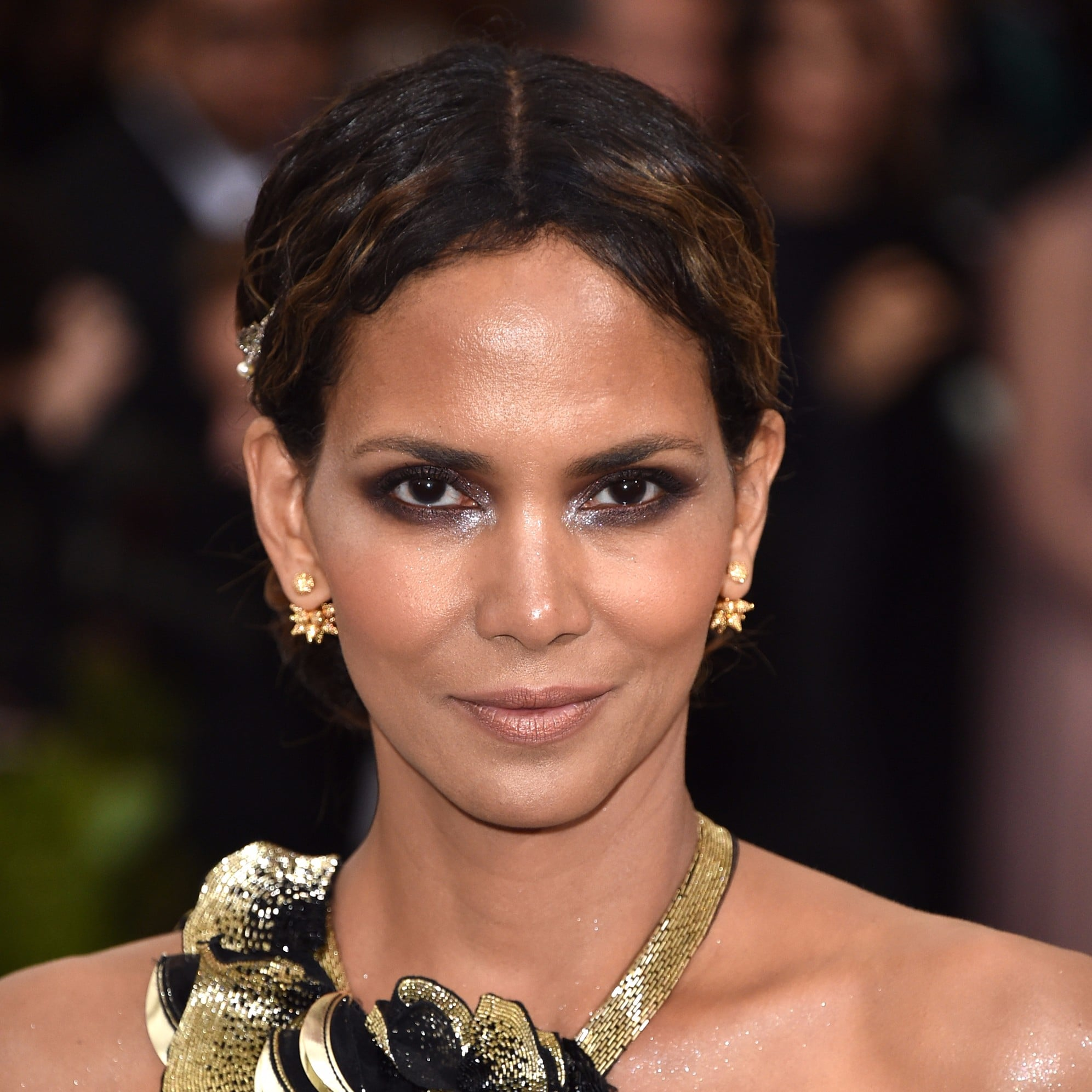 Halle-Berry-Hair-2017-Met-Gala.jpg